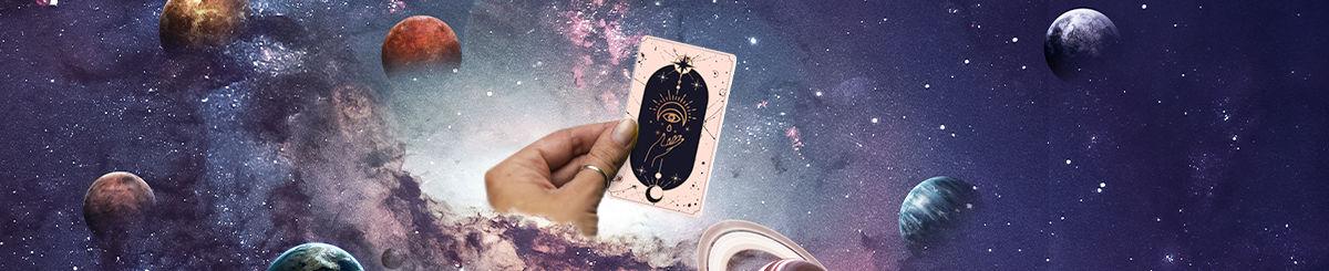 hand holding tarot card