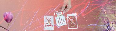 Tarot reading cards