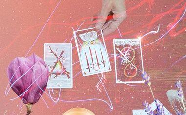 Unlock Powerful Insight with a FREE Tarot Reading