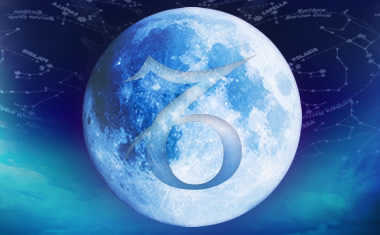 full moon with capricorn zodiac symbol