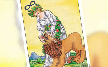 A Taste of Tarot: Strength & Leo