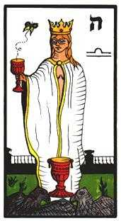 Reine of Cups Tarot Card - Esoterico Tarot Deck